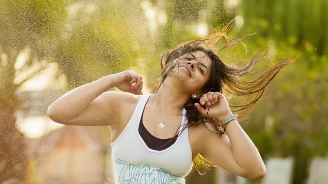 Хореограф Шакиры и Дженнифер Лопес показал петербуржцам как надо танцевать зумбу