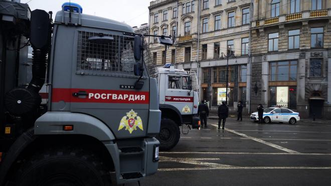 СМИ сообщают об утренних обысках у активистов и муниципальных депутатов в Петербурге