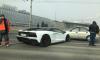 В Петербурге Lamborghini попал в аварию с трамваем и легковушкой