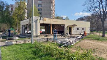 На Дачном проспекте снесли незаконное кафе с узбекской кухней