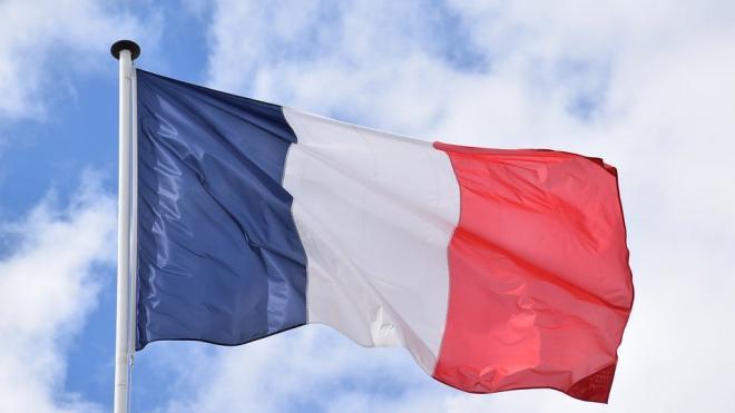 Преступник, убивший трех жандармов во Франции, найден мертвым
