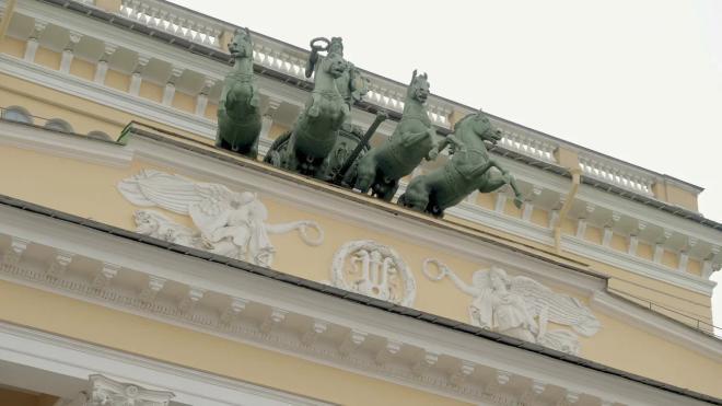 Минкульт запрещает федеральным театрам Петербурга работать в новогодние праздники