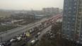Петербуржцы опоздали на работу из-за сломанного светофора ...