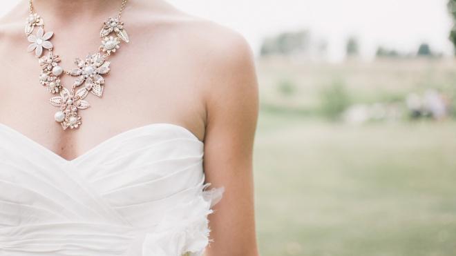 Бразильянка собирается выйти замуж за саму себя