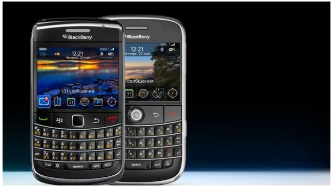 Два исполнительных директора производителя Blackberry ушли в отставку