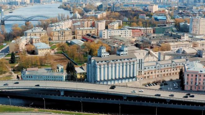 За прошедший год в Петербурге почти на 9% увеличили экспорт несырьевой неэнергетической продукции