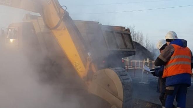 Ремонт трубопровода на Кораблестроителей продлится до утра вторника