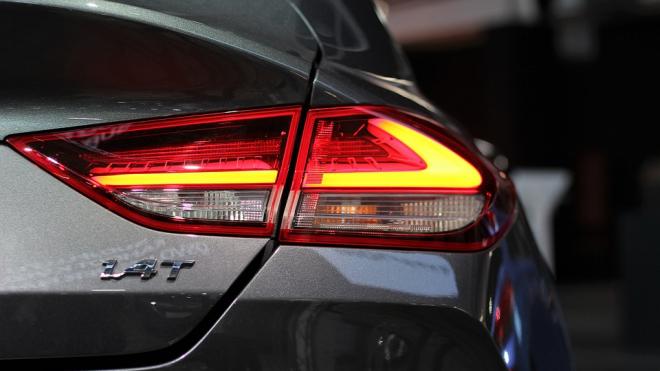 Петербург продал более 60 тысяч новых автомобилей за начало 2018 года