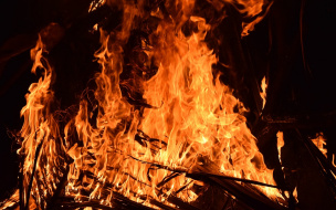 В Тосно при пожаре в жилом доме пострадал пенсионер