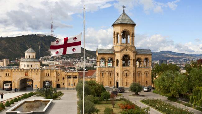 Власти Грузии заявили о сокращении в стране числа российских туристов
