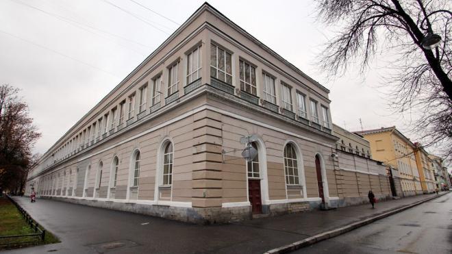 На месте манежа лейб-гвардии Финляндского полка может появиться жилой дом