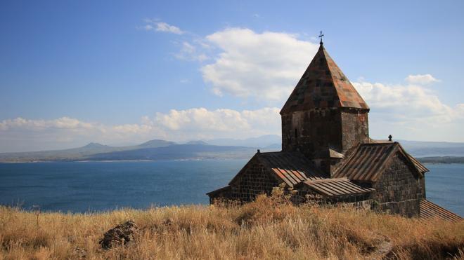 В Карабахе опровергли требования отдать Азербайджану еще три села