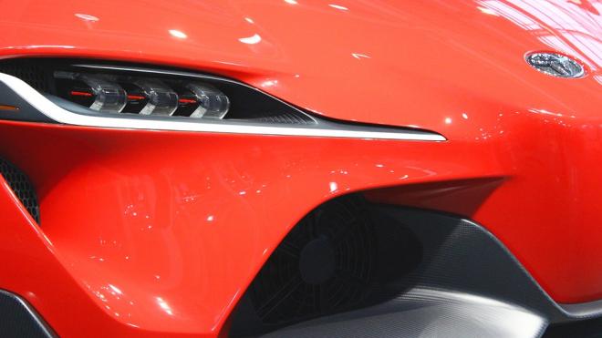 Самыми выгодными автомобилями в России оказались Toyota Highlander и Porsche Maca