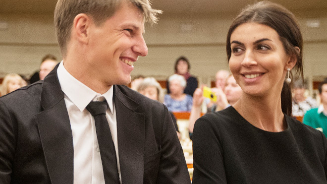 Бывшая жена Аршавина обвинила футболиста в угрозах