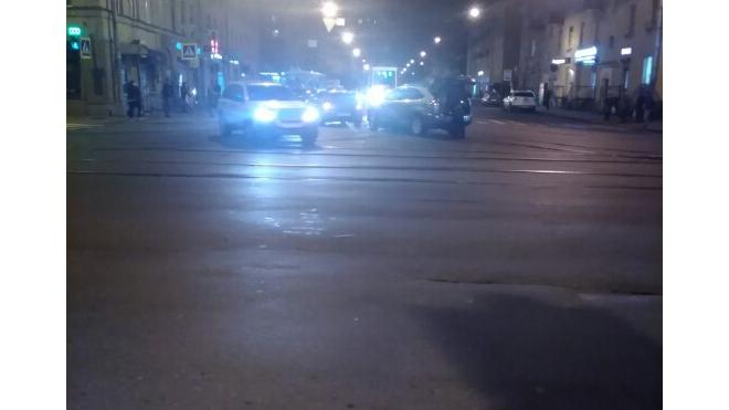 Авария на Большой Пороховской остановила трамваи