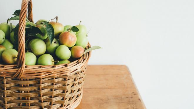 В России запрещают ввоз азербайджанских яблок и томатов