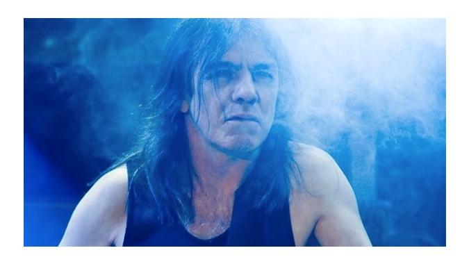 AC/DC завершат карьеру в 2015 году