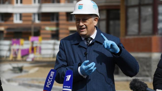 Жители Ленобласти смогут связаться с губернатором по прямой линии