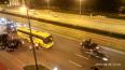 Ночью на Московском проспекте столкнулись автобус, ...