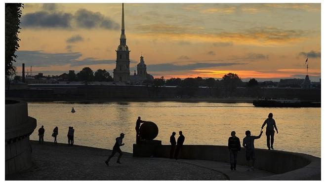Клубы ночные для подростков ночные клубы спб на ленинском проспекте