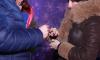 На сцене Рождественской ярмарки у ТЮЗа петербуржец сделал предложение избраннице