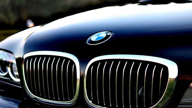 В Петербурге угнали BMW стоимостью более миллиона рублей
