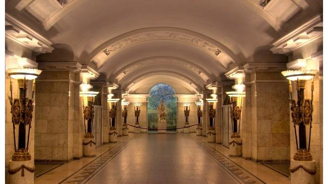 """Ремонт станции метро """"Пушкинская"""" перенесли на осень"""