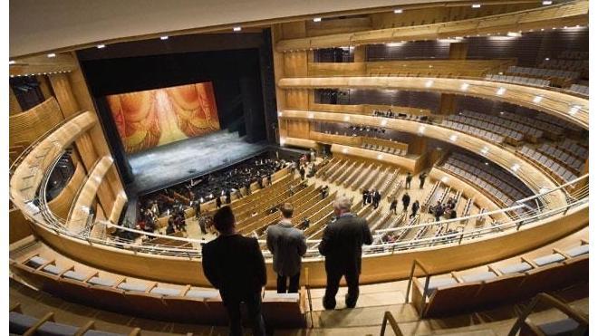 Мариинский театр впервые за три месяца проведет гала-концерты со зрителями