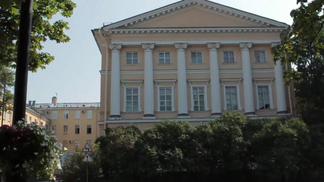 Глава смольнинского комитета лишился должности