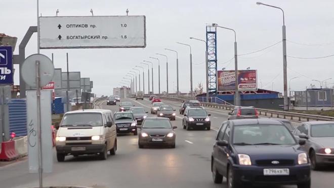 На КАД перекроют две полосы между Октябрьской набережной и проспектом Обуховской Обороны