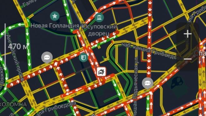Пятничный Петербург сковали 8-балльные пробки