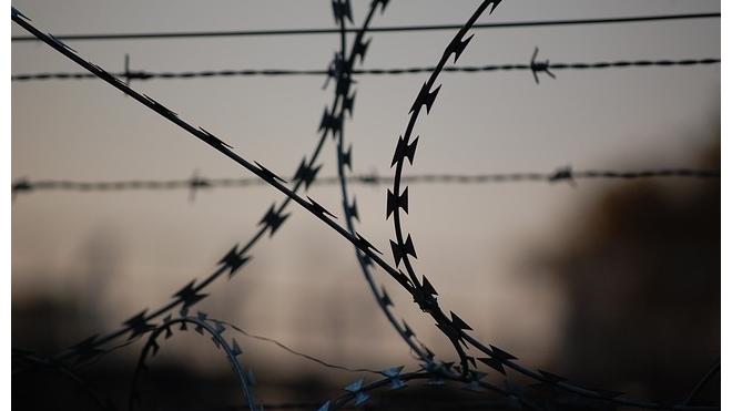 На Кубани охранники колонии жестоко избили семерых осужденных: один подросток погиб