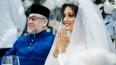 """СМИ: экс-король Малайзии развелся с """"Мисс Москва-2015"""" ..."""