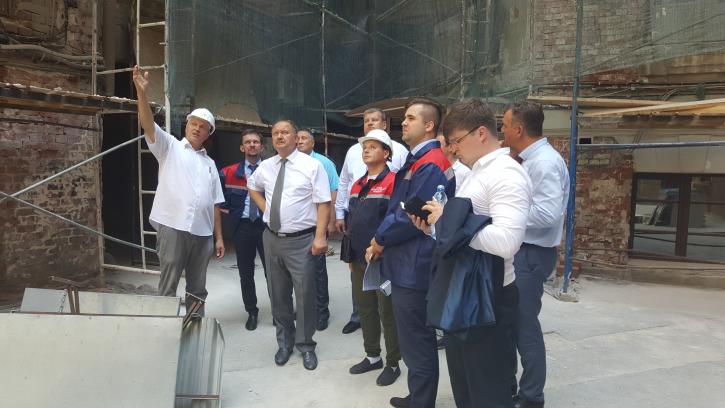 В разных районах Петербурга в ремонте находятся 265 фасадов