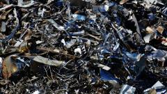 Две несанкционированные свалки ликвидируют в Выборгском районе Петербурга