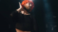 Иван Дорн по моде: рыжие волосы, кроп-топ, мини-юбка ...