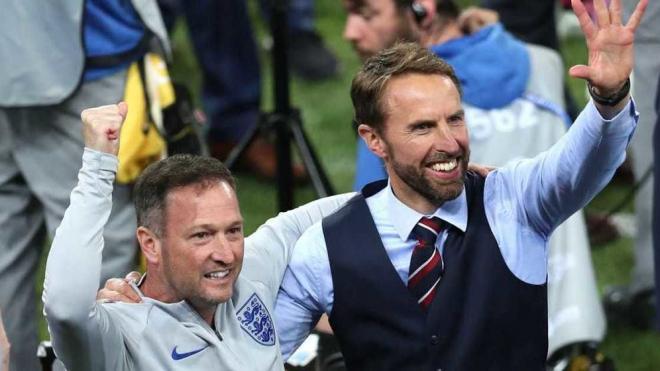 ФИФА предупредила Футбольную ассоциацию Англии за некорректные кричалки фанатов