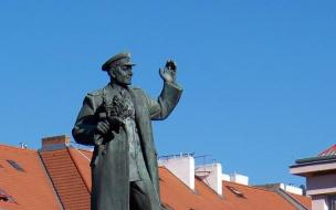 Живущие в Чехии россияне рассказали об отношении чехов к сносу памятника маршалу Коневу