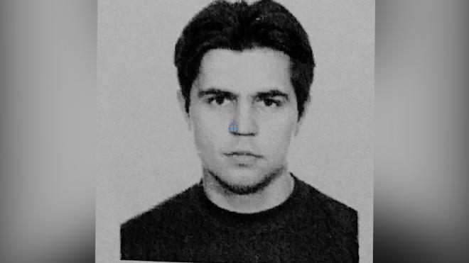 Полиция Петербурга разыскивает подозреваемого в убийстве на Большой Зеленина