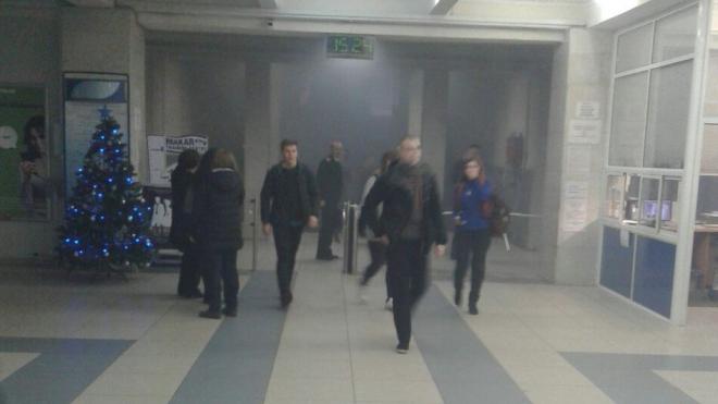 В Петербурге из-за задымления эвакуировали университет ГУМРФ
