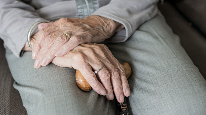 В Петербурге мошенник продал пенсионерке лекарства на 40 тысяч рублей