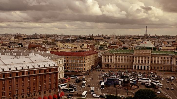 В Петербурге выставили на торги 40% крыш, ремонт которых запланирован на 2019 год
