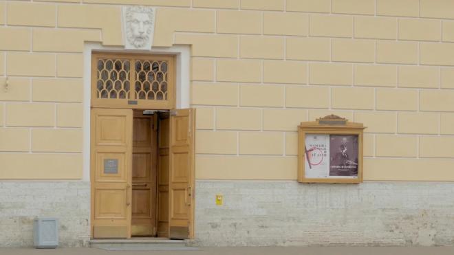 Театры Петербурга откорректируют афишу