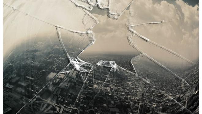 Жительница Петербурга устроила погром в кафе на улице Римского-Корсакова
