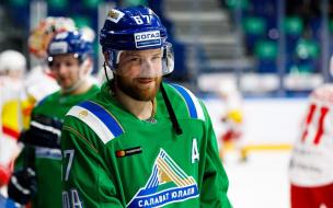 """В Швеции извинились перед хоккеистом """"Салавата Юлаева"""" Линусом Умарком за искажение слов"""