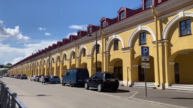 """Во дворе """"Никольских рядов"""" откроется выставка петербургского фотографа Александра Петросяна"""