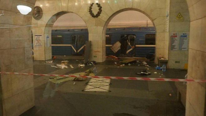 """На станции """"Технологический институт"""" появится табличка в память о погибших в теракте"""