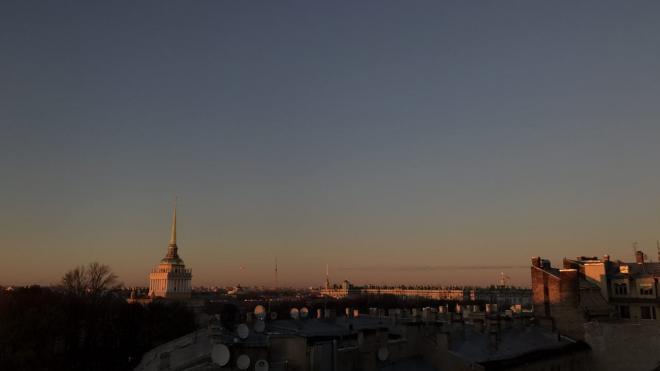 Петербург встретит 21 июня погодой без осадков