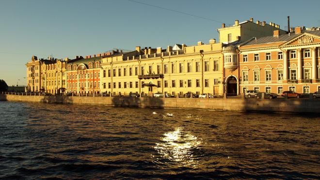В Петербурге в понедельник будет тепло и солнечно