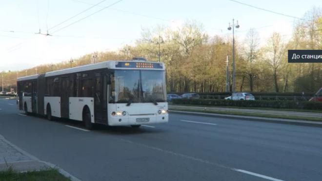 Водители автобусов в Невском районе работали без масок
